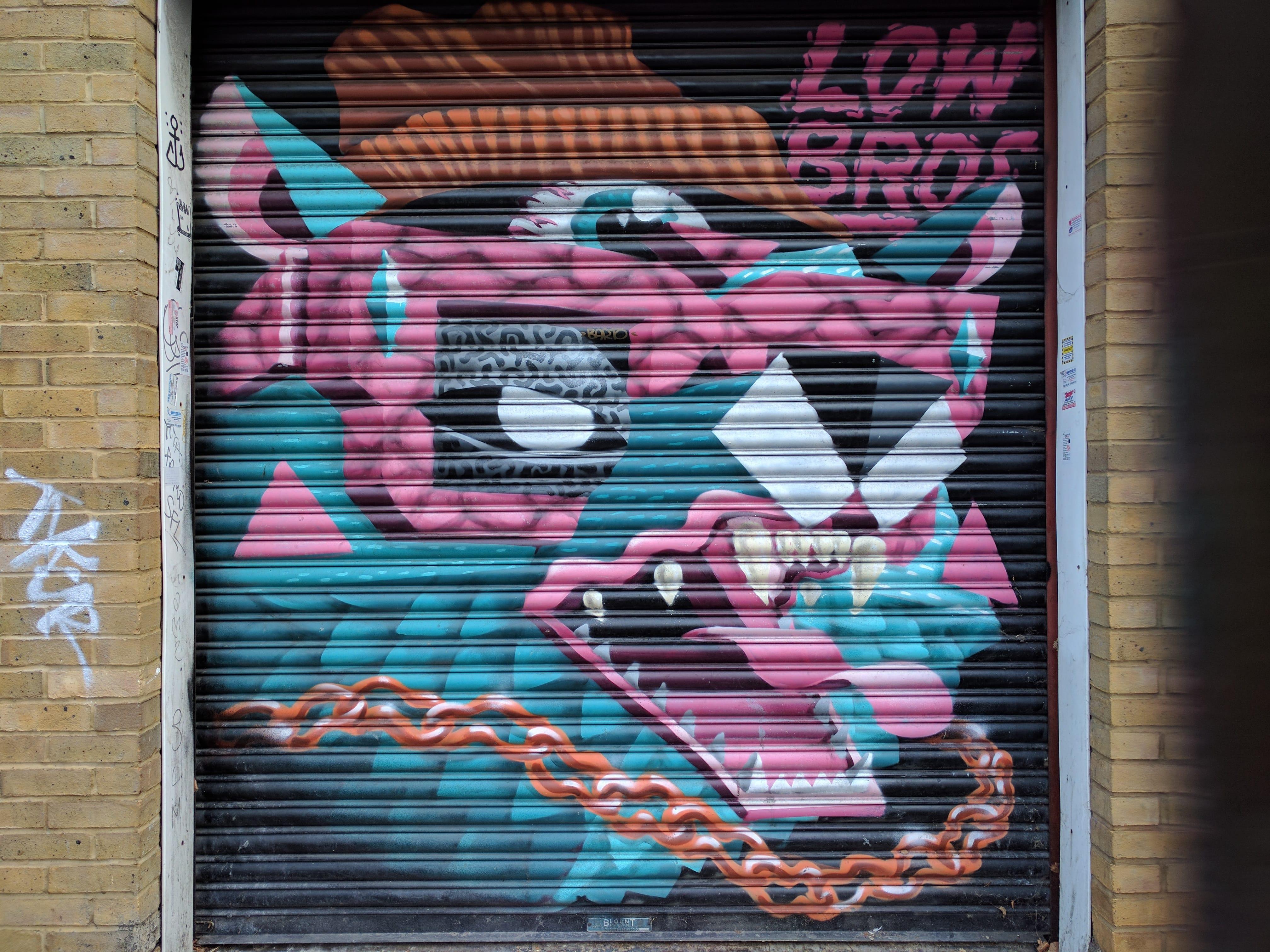 099-graffiti3