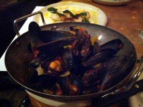 Mussels with Nduja at Elliot's Café