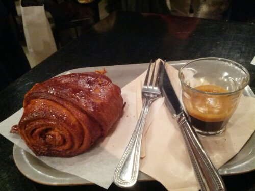 Cinnamon Bun at Nordic Bakery